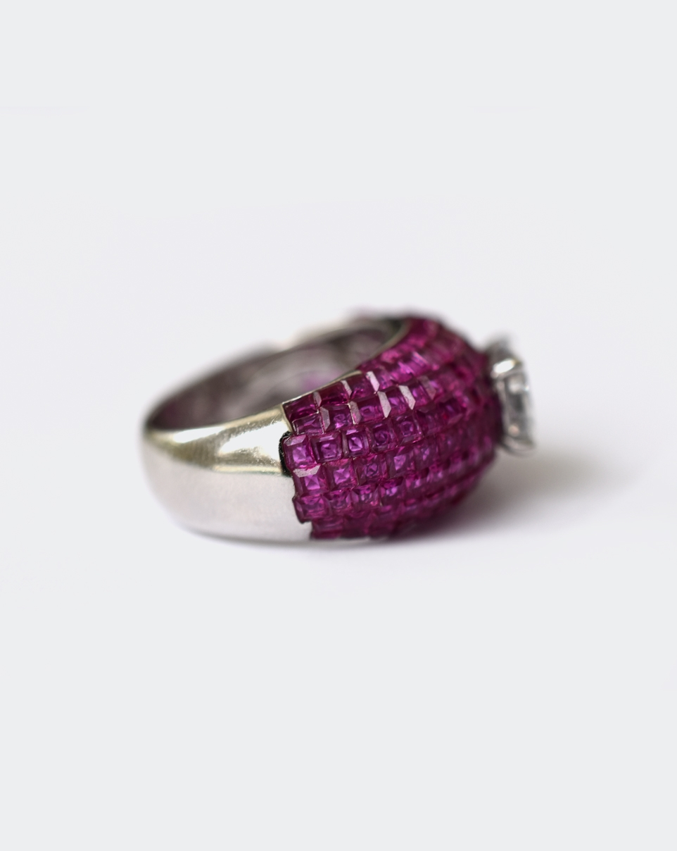 A Red Carpet Ring-6200