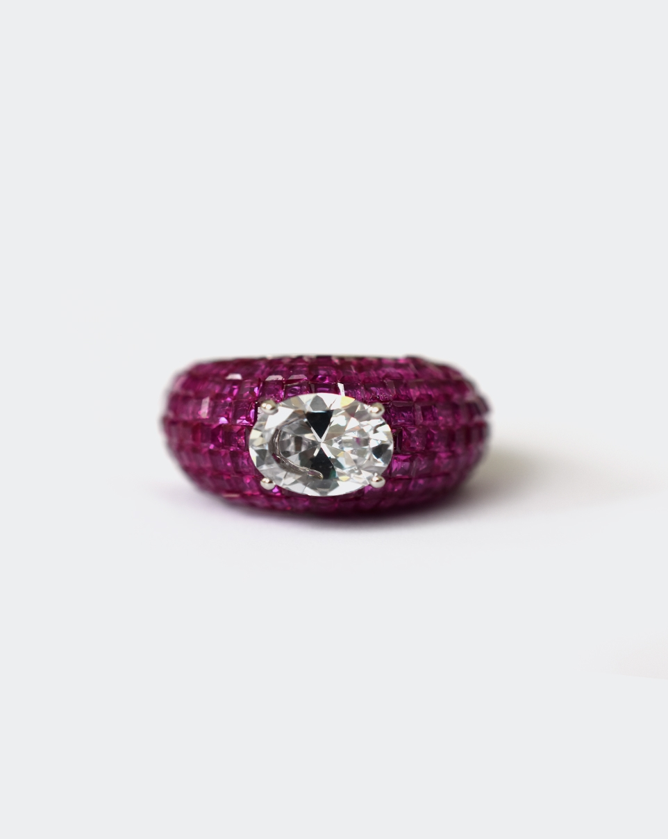 A Red Carpet Ring-6199