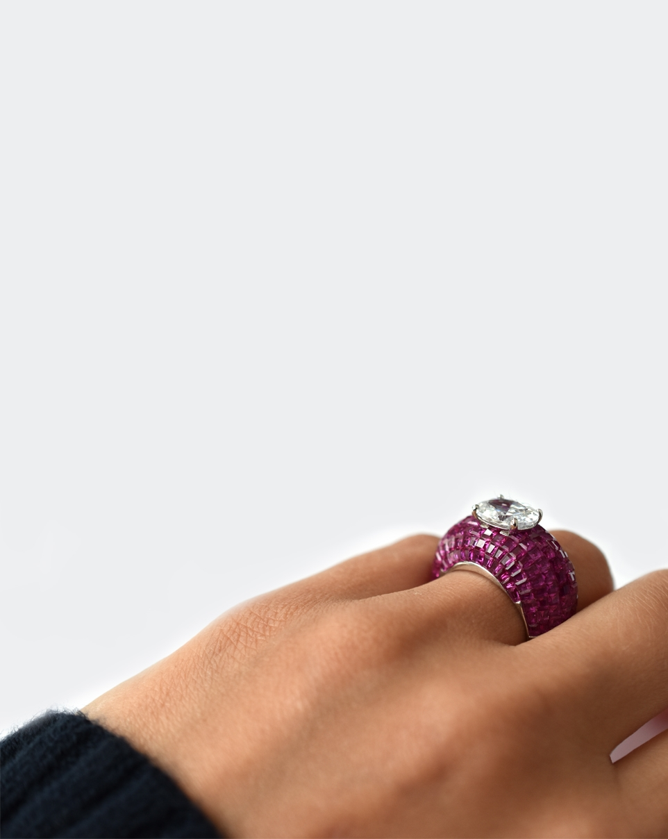 A Red Carpet Ring-6201