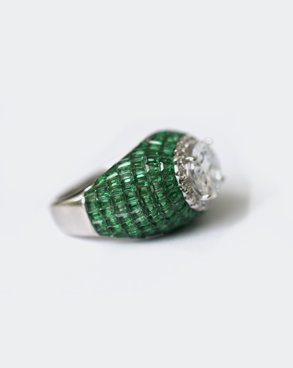 A Red Carpet Ring-6189