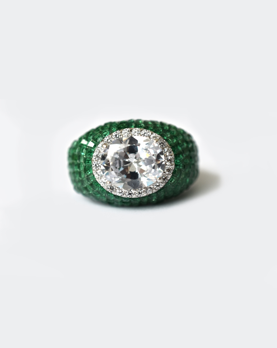 A Red Carpet Ring-6188