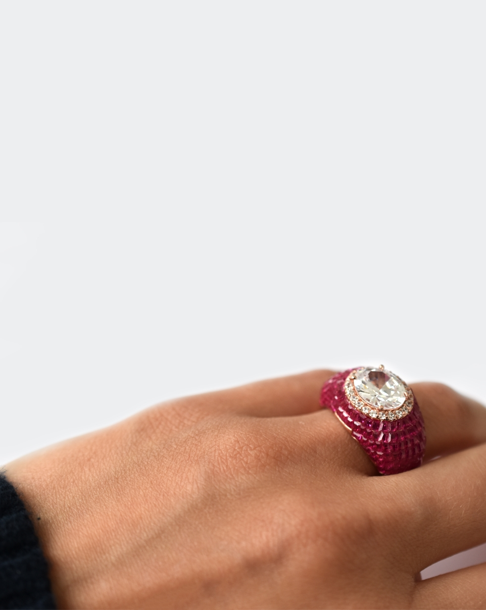 A Red Carpet Ring-6313